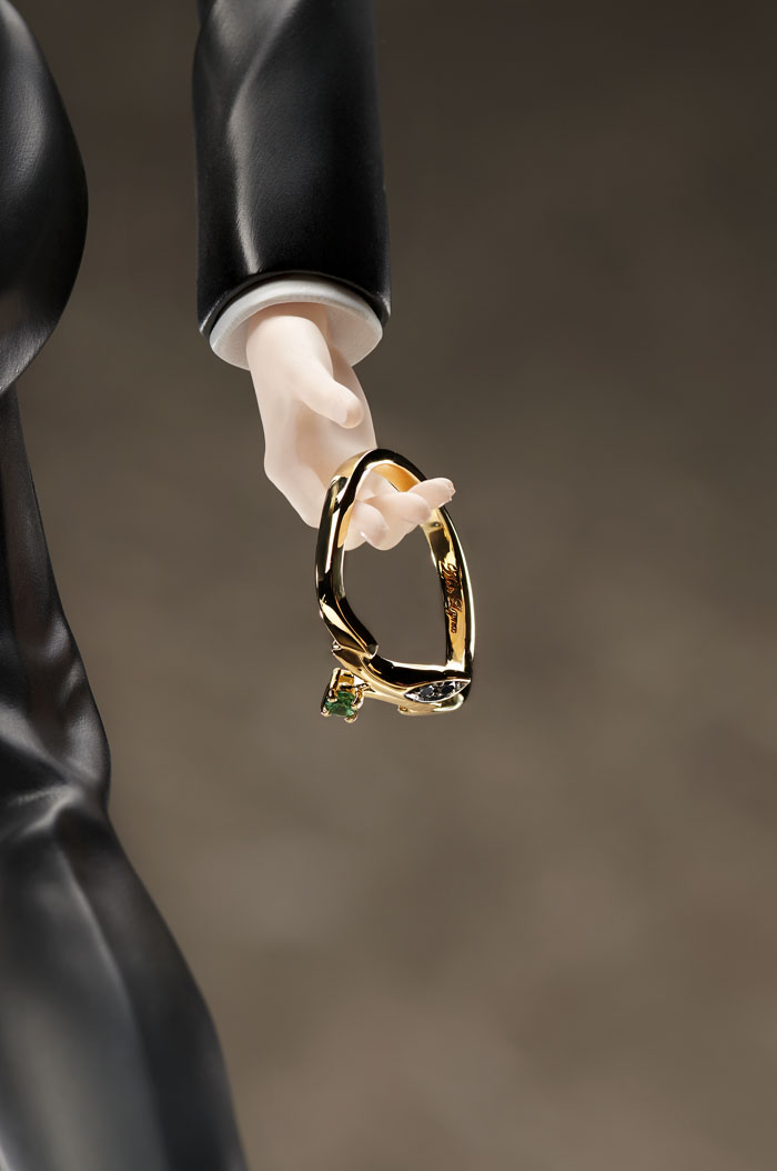 「Statue and ring style アッシュ・リンクス【gold ring~Only one rose~】」と一緒に飾ることができます。※リングは付属致しません。